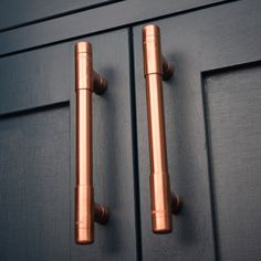 Copper kitchen Handles - Modern, Copper T Pull Handle Drawer Pull Cabinet Hardware Kitchen Cupboard pulls Cabinet Pull Drawer Handles Knobs and Pulls. Kitchen Cabinet Hardware, Kitchen Doors, Kitchen Handles, Kitchen Cupboards, Kitchen Units, Kitchen Ideas, Kitchen Pulls, Design Kitchen, Diy Cabinet Handles