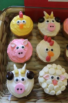 Farm animal cupcakes - these are totes adorbs!!! @Lacey Billings, tell your mom they sell edible eyes at Hobby Lobby for this kind of thing. I think the sheep with all the mini-marshmallows and the yellow chicken are my faves :)