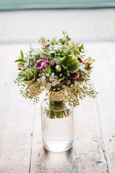 spring wedding flowers from Catkin  photo by Tierney Photography