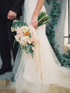Blush-and-Ivory-Bouquet-with-ribbon