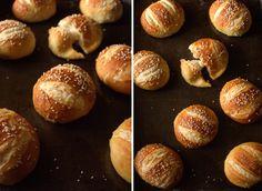#кулинария #блог #еда #кулинарный_блог #evilolivefood #evilolive #food #blog #recipe #pretzel #buns #burger #slider #sandwich #булочки #бургеры #брецели #слайдер #сендвич #тесто