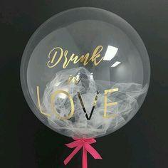 Balloon Clouds, Bubble Balloons, Love Balloon, Balloon Arch, Birthday Balloon Decorations, Balloon Centerpieces, Romantic Dinner Tables, Gift Card Bouquet, Balloons And More