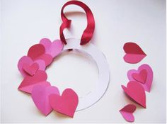 Valentine's Day Wreath - Valentine's Day 2015 - MetroKids - February 2015 - Philadelphia, PA