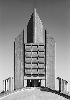 Notre Dame de Royan, France | Architects Guillaume Gillet & Marc Hebrard | inaugurated 1958. Astrogeo. pos.: functionalistic, neutralistic air sign Gemini sign of signposts, education, information, road crossings, technology, duality, pubercy, not-believing  2nd coord. in air sign Libra sign of symmetry, harmony, decoration, angels. FL 4.