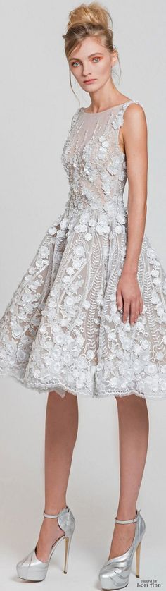 Spring 2017 Ready-to-Wear Tony Ward Lovely Dresses, Beautiful Gowns, Beautiful Outfits, Look Fashion, Runway Fashion, Lolita Fashion, African Traditional Dresses, Facon, Looks Style