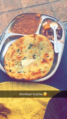 Yummy Drinks, Yummy Food, Tastemade Recipes, Indian Dessert Recipes, Snap Food, Desi Food, Indian Street Food, Food Snapchat, Love Eat