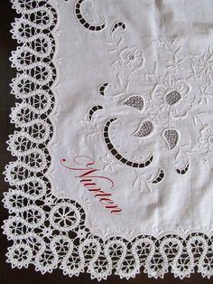 nurten kuşçu   cutwork embroidery and Bruges Lace Tablecloth - embroidery - nakış - delik işi nakış - beyaz iş nakış -  bürüksel danteli -  Bruges Lace