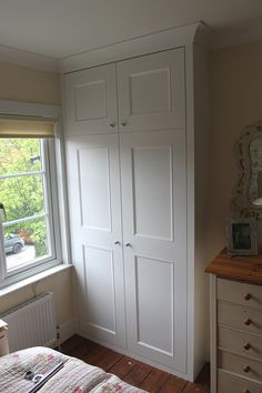 Fitted Wardrobes and other Built-in furniture best in London. We specialised in Fitted Bedrooms, Alcove Cupboards, bookshelves and other Fitted Furniture Alcove Wardrobe, Bedroom Alcove, Bedroom Built In Wardrobe, Wardrobe Design, Bedroom Storage, Bedroom Sets, Home Bedroom, Bedroom Decor, Wardrobe Images