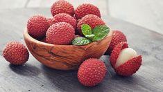 Vải chứa nhiều vitamin và dưỡng chất tốt cho sức khỏe như là vitamin A, B, C, đồng, folate, magie. Tác dụng của loại quả này chính là an thần, cải thiện lưu thông máu, tốt cho tim mạch, tăng cường quá trình trao đổi chất, kiểm soát huyết áp và giúp xương chắc khỏe. […] Bài viết Quả vải cực tốt cũng có thể cực độc đã xuất hiện đầu tiên vào ngày Blog Thuốc Việt. Exotic Fruit, Tropical Fruits, Health Benefits, Fruit Benefits, Health Tips, Types Of Berries, Lychee Fruit, Healthy Liver, Gastronomia