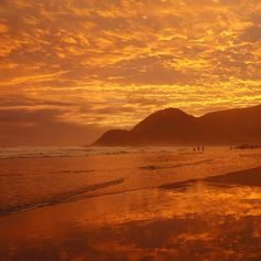 The 25 best small towns in South Africa - Port St Johns Africa Rocks, Earth And Solar System, Sa Tourism, Secluded Beach, Beach Holiday, Rest Of The World, Countries Of The World, Small Towns, South Africa