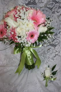 Flowers by Lorilee: Bryson's and Kaylie's Wedding