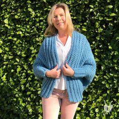 HAAKPATROON Tunisch gehaakt lente vest l cardigan l wrap I | Het Betere Bolwerk Vest, Crochet, Sweaters, Golf, Fashion, Moda, La Mode, Crochet Crop Top, Sweater