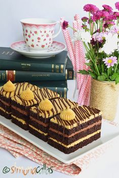 Mocha, Something Sweet, Tiramisu, Espresso, Picnic, Ethnic Recipes, Food, Sweets, Romanian Recipes
