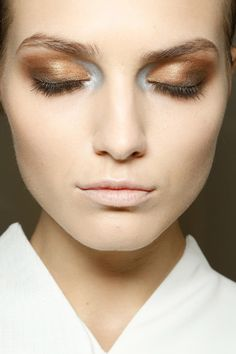 Make-up look - Nude lips