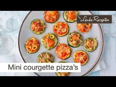 Video: mini courgette pizza's - Leuke recepten