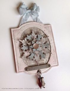 Vintage Muse Designs: Colored Crackle Snowflake Ornament