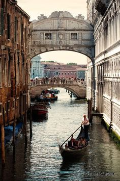 VENEZIA _ ITALIA_ gondola glides under the Bridge of Sighs while tourists admire the view in the background. Places Around The World, Oh The Places You'll Go, Travel Around The World, Places To Travel, Places To Visit, Around The Worlds, Italy Vacation, Vacation Spots, Italy Travel