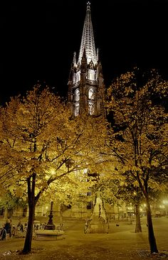 La tour St Michel à l'automne, Bordeaux. by gille33, via Flickr