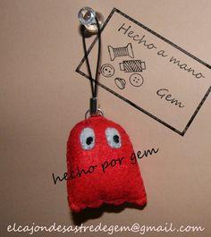 Fantasma rojo de Pac-man - Colgante móvil | El cajón desastre de Gem #fieltro #colgante #movil #pac-man #pacman #comecocos #blinky #fantasma #rojo