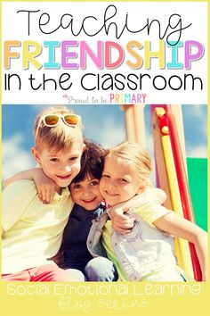 Teach friendship skills in the classroom to help kids develop strong relationship skills. Lessons and activity ideas include teaching children to share, take turns, listen, be a good friend, and show teamwork and cooperation. Teaching Respect, Teaching Social Skills, Social Emotional Learning, Teaching Kids, Teaching Empathy, Teaching Friendship, Friendship Lessons, Friendship Theme, Preschool Behavior