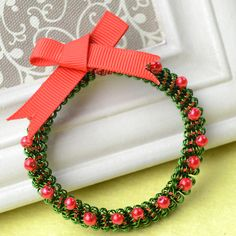 Wire Wrapped Christmas Wreath
