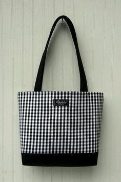 Denim Tote Bags, Canvas Tote Bags, Tote Handbags, Purses And Handbags, Diaper Bag Purse, Sacs Design, Michael Kors Tote Bags, Fabric Bags, Quilted Bag