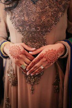 simple and stunning #henna
