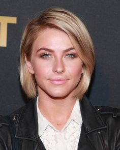 Celebrate Julianne Houghs Birthday With a Look at Her Best Bob Styles: You can achieve Juliannes textured waves by curling just the middle part of your hair, leaving your ends free.: A round brush and a squeeze of mousse is an easy way to achieve this sexy blowout.