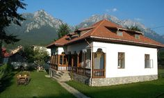 vila stil neoromanesc busteni adela parvu - Căutare Google Traditional House, Dream Life, Romania, Places To Go, Cottage, Houses, Exterior, House Design, Mansions