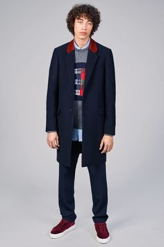 See the complete Tommy Hilfiger Fall 2017 Menswear collection.