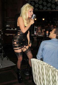 Lady Gagas Oak Room performance