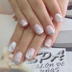 Nails French Manicure Nails, French Nails, Elegant Nails, Stylish Nails, Nail Art Hacks, Nail Art Diy, Pretty Nail Designs, Nail Art Designs, Bridal Nail Art