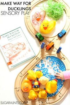 Make Way for Ducklings book sensory play activity