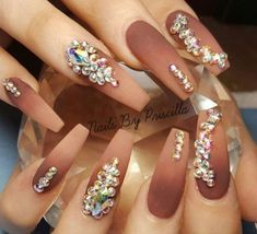 Head over Heels - 30 Beautiful Diamond Nail Art Designs Glam Nails, Dope Nails, Fancy Nails, Bling Nails, Bling Wedding Nails, Wedding Manicure, Trendy Nails, Diamond Nail Designs, Diamond Nail Art