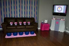 Kensley chose a Chevron Spa Party theme for her 5th Birthday and it was SO much fun! She wanted two things; facial masks and chevr...