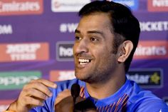 I am losing ability to freely rotate strike, says Dhoni - http://thehawk.in/news/i-am-losing-ability-to-freely-rotate-strike-says-dhoni/