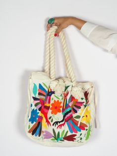 Stunning Otomi embroidered purse hand embroidered by by ArteOtomi