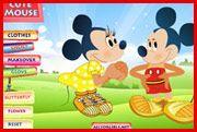 Mickey and Minnie Dress Up