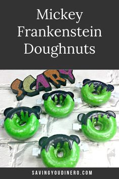 Mickey Frankenstein Doughnuts are a fun and homemade baked doughnut recipe your kids will love! They are cute chocolate cake doughnuts that are glazed. This Disney dessert is great for a Halloween Party. Disney Desserts, Holiday Desserts, Holiday Baking, Holiday Treats, Holiday Recipes, Halloween Cakes, Halloween Treats, Diy Halloween, Homemade Chocolate