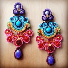 fconticreations (Francesca Conti) | Iconosquare Bead Jewellery, Jewelery, Soutache Earrings, Shibori, Beaded Embroidery, Rainbow Colors, Belly Button Rings, Weaving, Jewelry Making