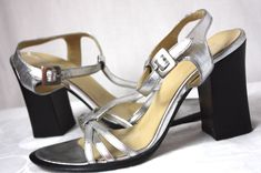 BCBG Max Azria Silver Metallic Chunky Heel Strappy Womens Sandals Shoes Size 37…