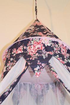 Betthimmel - Betthimmel Floral Bohem blau - ein Designerstück von maralinchen-textilraum bei DaWanda