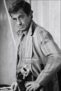 Set of 'Flic ou voyou' by Georges Lautner In France On December 11, 1978 - Jean-Paul Belmondo.