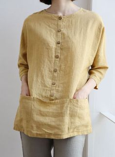 What a great studio work shirt this would be with those nice pockets.