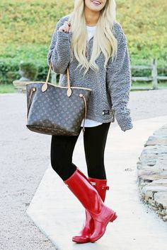 Casual Fall Look || Red Hunters & Southern Marsh Pullover