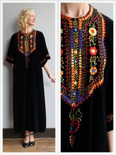 1970s Dress // Bohemian Embroidered Dress // by dethrosevintage