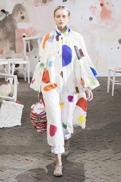 Daniela Gregis at Milan Fashion Week Spring 2019 - Runway Photos Fashion Week 2018, Milano Fashion Week, All Fashion, Colorful Fashion, Fashion Art, Fashion Outfits, Fashion Design, Fashion Trends, Milan Fashion