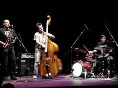 ▶ Remi Alvarez, Jazz en la FES Acatlán 2010 - YouTube