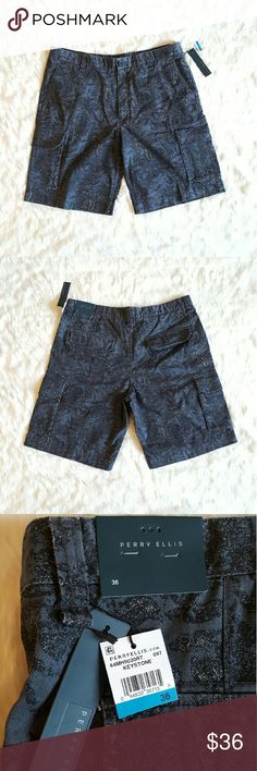 Perry Ellis Paisley Cargo Shorts Brand: Perry Ellis   Material: 100% Cotton  Waist Size: 36  Condition: No defects, flaws, or stains, just normal wear.  Please refer to pictures for details Perry Ellis Shorts Cargo