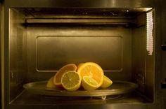 Uno degli utensili più utili che ho in cucina è proprio il forno a microonde quindi cerco di dargli più cure possibili